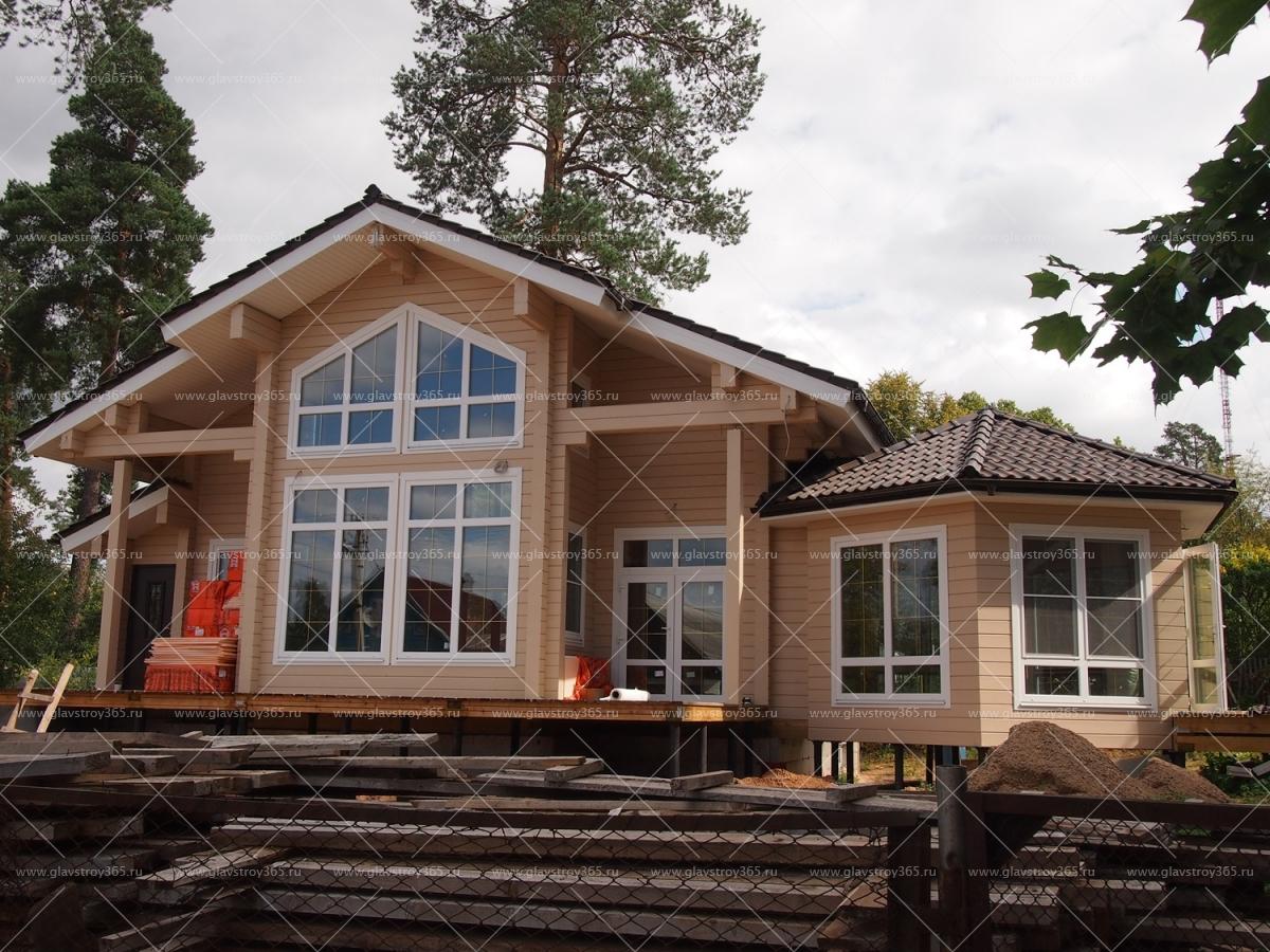 красивый дом из клееного бруса с мансардой