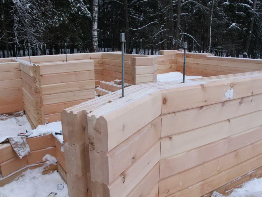 Особенности строительства дома из профилированного бруса
