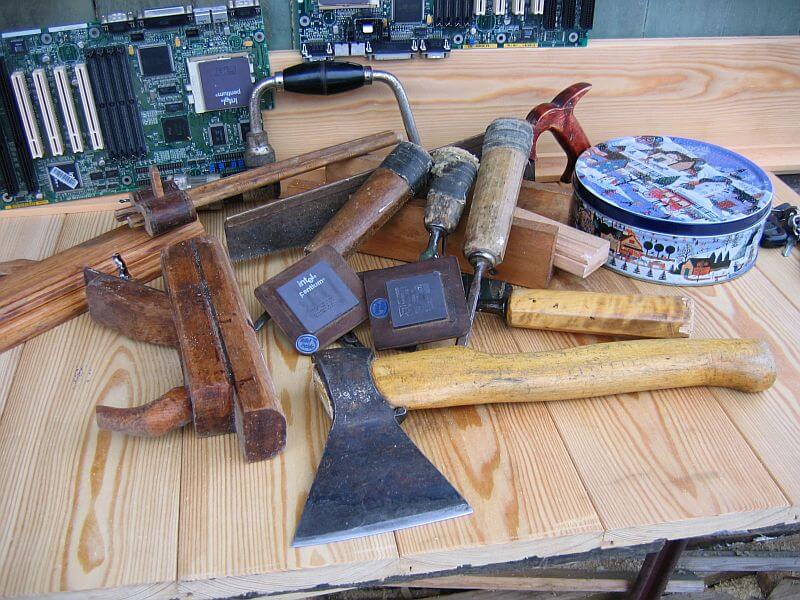 инструменты под деревянное строительство