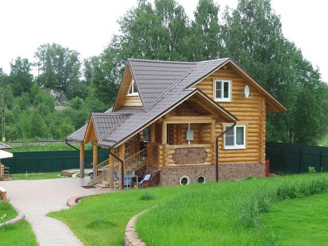 дома из дерева в русском стиле