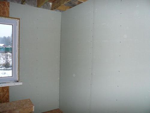 отделка стен дома из бруса