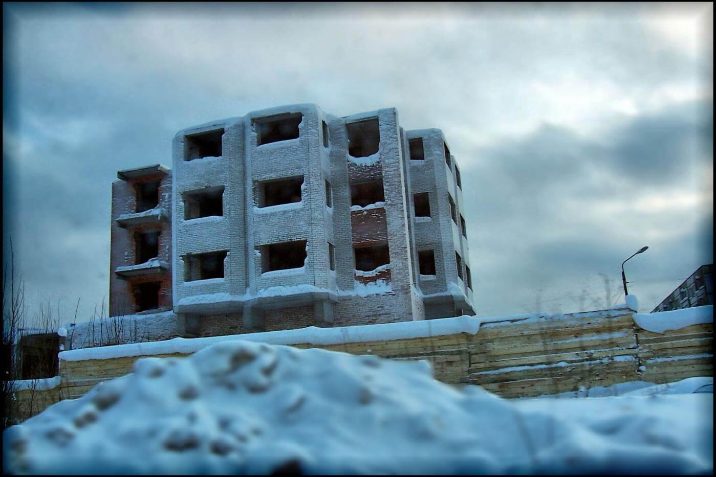 строительство в ленинградской области хотят заморозить