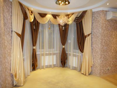 Шторы для комнаты с эркером