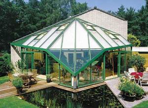 Многогранная стеклянная крыша