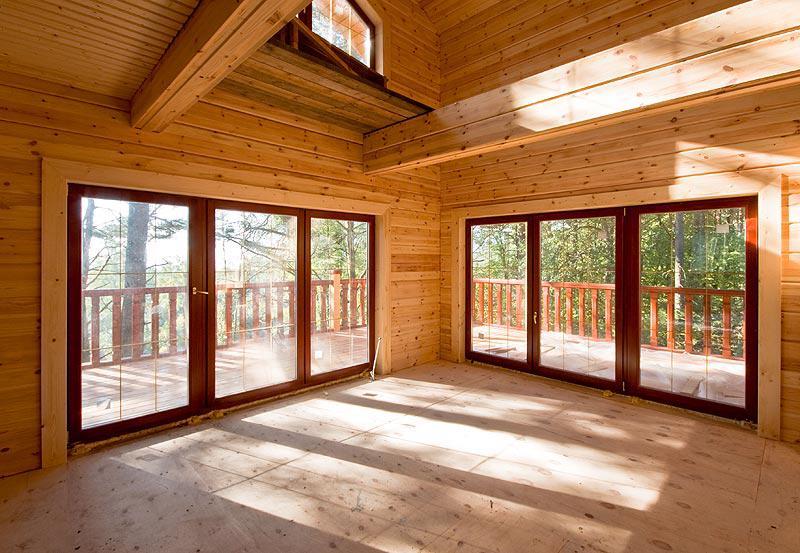 Панорамные окна в деревянном доме