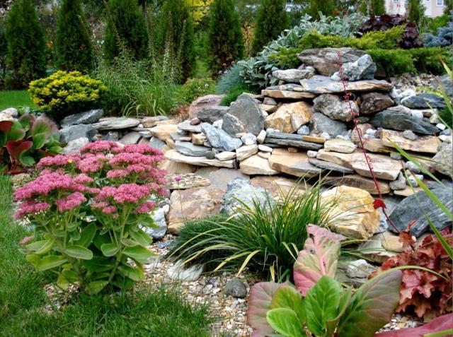 Альпийские горки – дизайнерское решение для вашего сада!