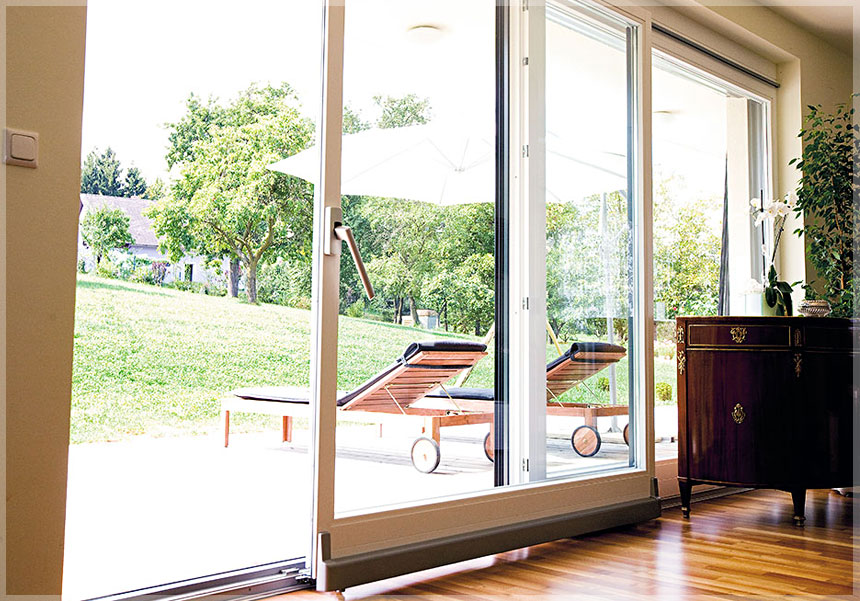 Параллельно-раздвижные окна
