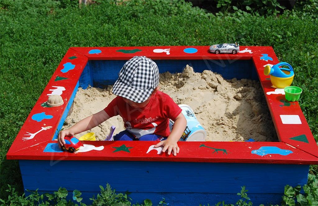 Строим детскую песочницу своими руками: описания, чертежи, фото
