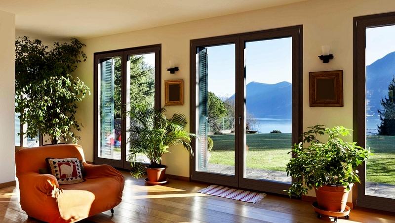 окна на солнечной стороне