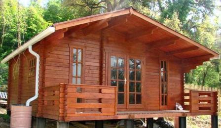 Садовые домики из шпунтованной доски – плюсы и минусы