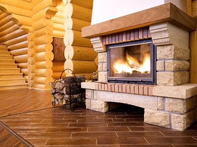 Правильное и безопасное устройство камина в деревянном доме